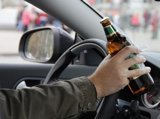 Пьяный водитель сбил насмерть женщину на парковке