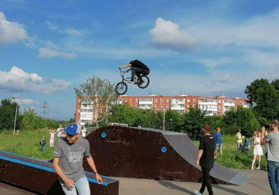 Мастер-класс по трюкам на BMX прошел в Воротынске